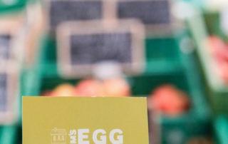 Ums Egg Selbstbedienung